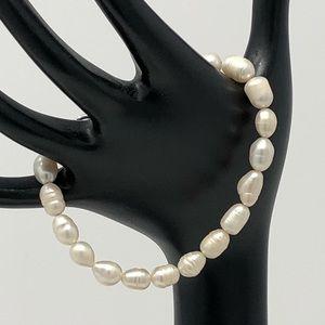 NWOT freshwater pearl bracelet